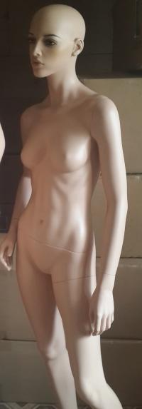 Женский манекен телесный