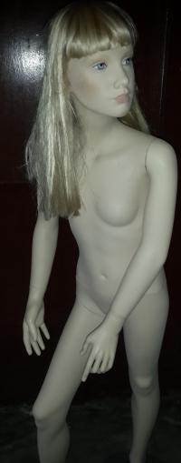 Манекен детский телесного цвета Девочка